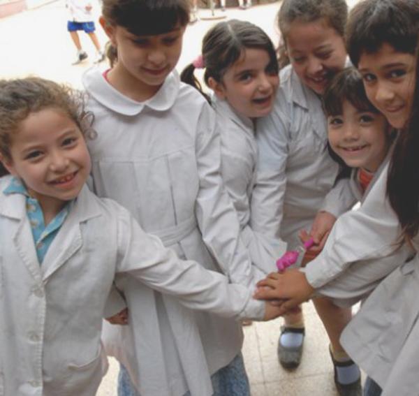 Escuelas privadas por sobre la educación pública 3