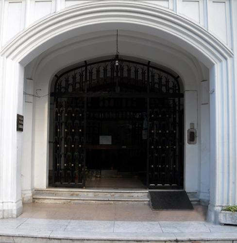 entrada colegios esclavas sagrado corazon de Belgrano