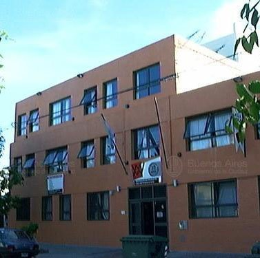 Colegio Aula XXI_frente edificio