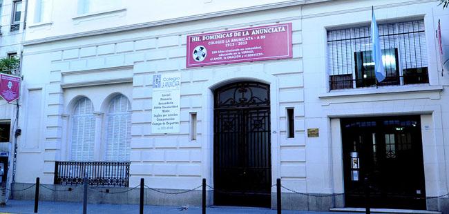 colegio dominicas de la anunciata_en barrio de recoleta
