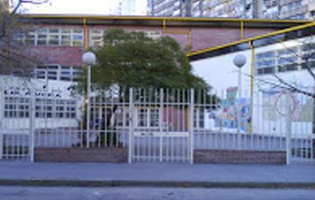 escuela lola mora