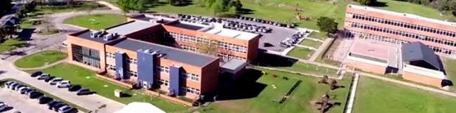 Colegio Oakhill (Sede Pilar) 1