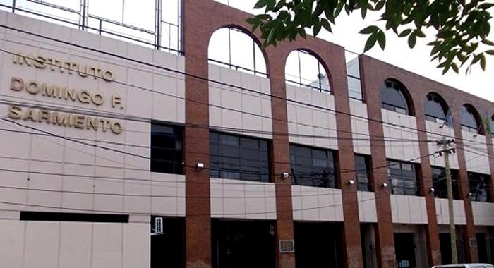 Sarmiento International School_edificio_en Merlo