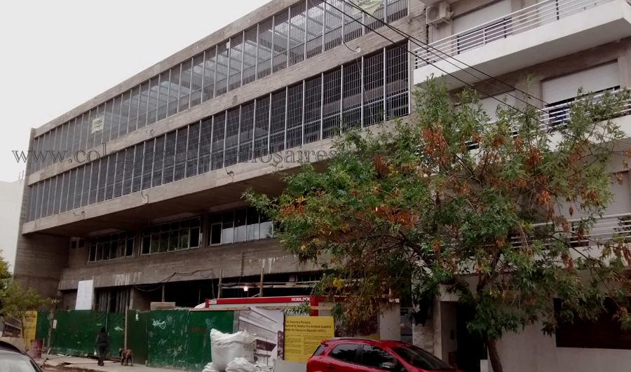 Edificio Escuela SIGLO XXI_en barrio Coghlan copy