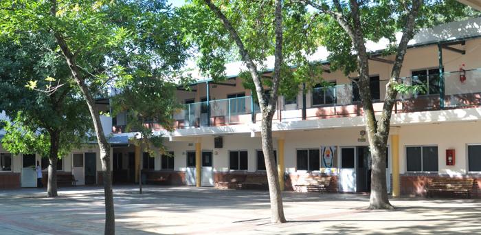 Bartolome Mitre Day School_ en Moreno-patio