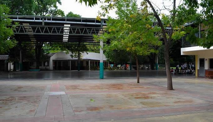 Bartolome Mitre Day School_ en Moreno-patio3