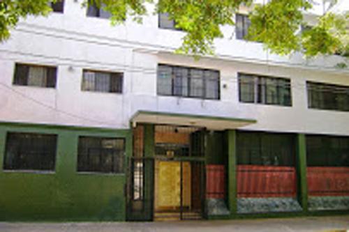 Colegio Brighton_en Villa Raffo_ Saenz Peña_edificio