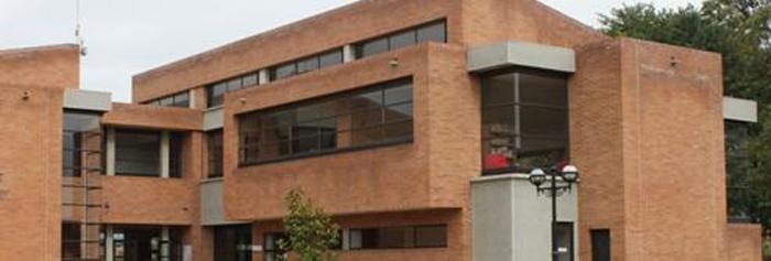 colegio Cardenal Newman en Boulogne