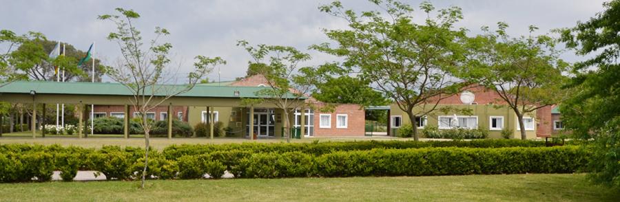 Colegio Los Robles_sede Pilar_edificio