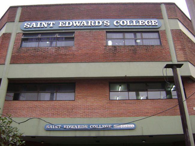 St. Edward's College (Colegio San Eduardo) 1