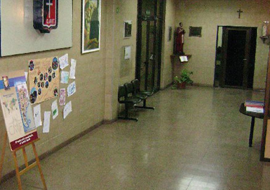 Colegio Claret_en barrio Paternal_hall