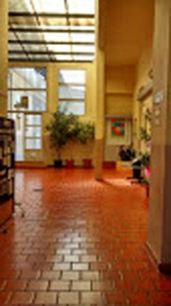 Colegio Uriarte School-interior