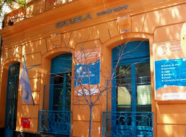 Escuela Mundo Nuevo-en Villa Crespo