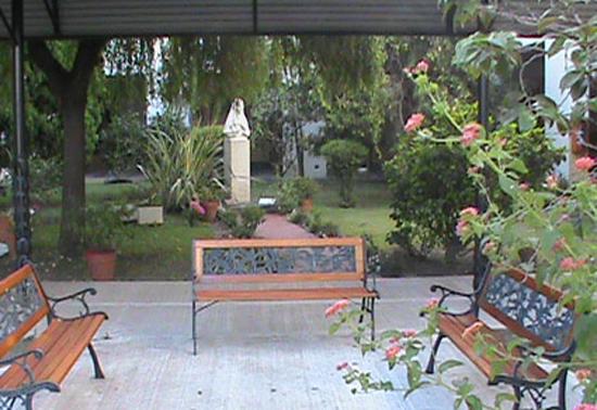 Instituto Maria Ana Mogas_en barrio de Mataderos