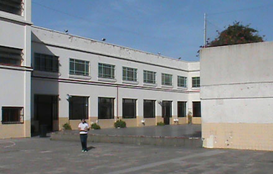 Instituto Maria Ana Mogas_en barrio de Mataderos8