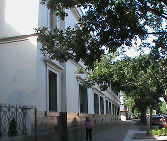 Instituto Maria Ana Mogas_en barrio de Mataderos_7