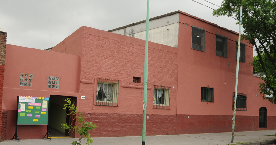 Instituto Dámasa Zelaya_en barrio de Saavedra_3
