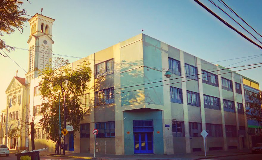 Instituto Nuestra Señora de Luján_en barrio Villa Pueyrredón