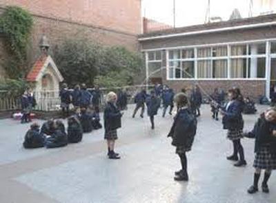 colegio Mater Ter Admirabilis_patio