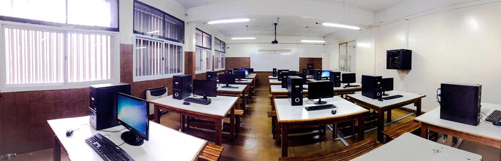 Colegio Parroquial San Juan XXIII-sala informática