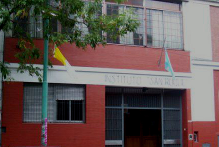 Instituto San Roque_en barrio de Colegiales_edificio_2