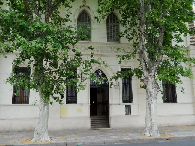 Instituto Regina Virginum Adoratrices 1