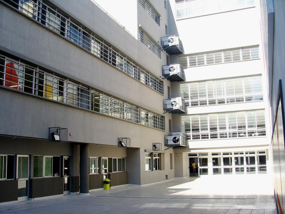 escuela-maria-claudia-falcone_secundaria_en-palermo