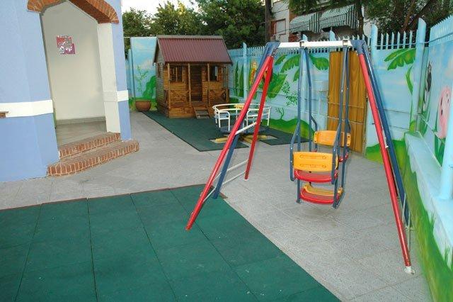 colegio-hercules-en-velez-sarsfield_patio-jardin