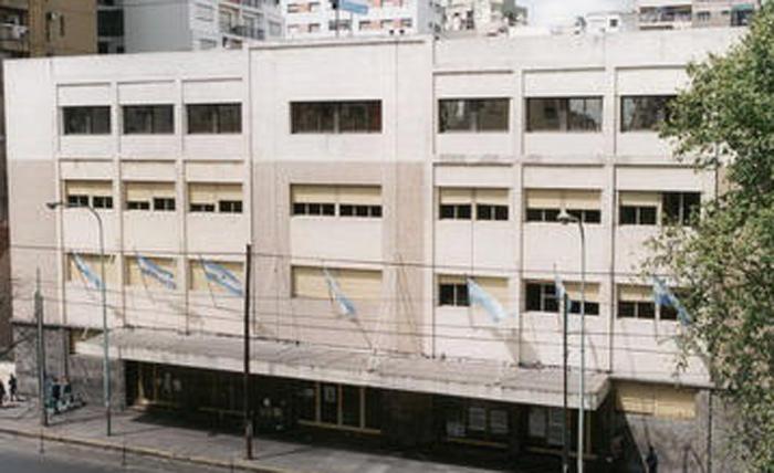 "ISM - Instituto Social Militar ""Dr. Damaso Centeno"" (sede Caballito) 3"