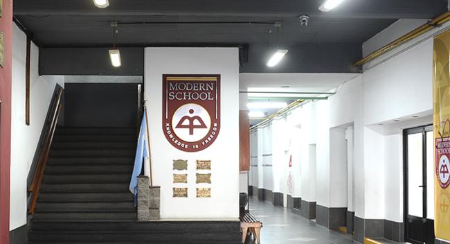 Colegio Modern School 20