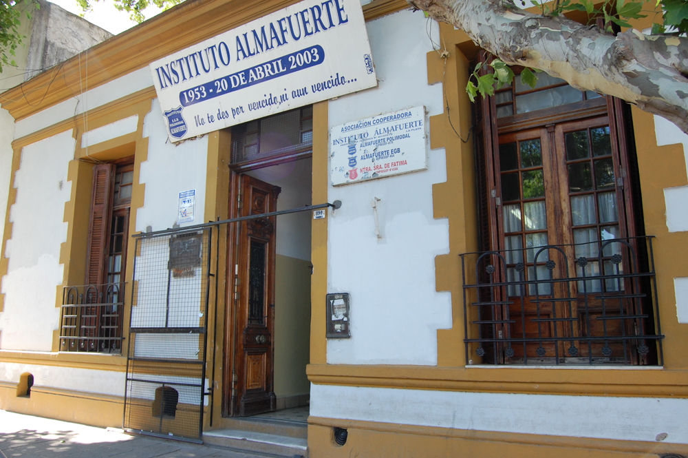 Instituto Almafuerte 4