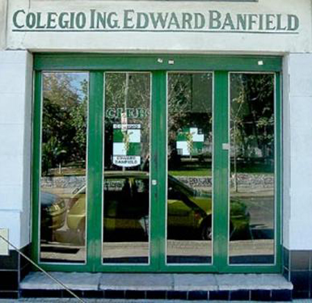 Colegio Ingeniero Edward Banfield 2