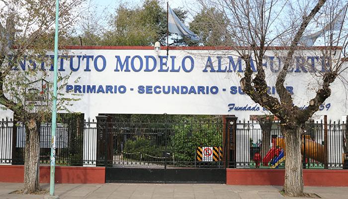 Instituto Modelo Almafuerte (Merlo) 5