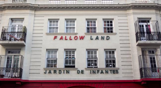 Jardin de infantes Fallow Land 1