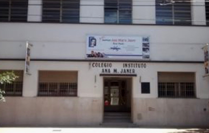 Instituto Ana María Janer 3