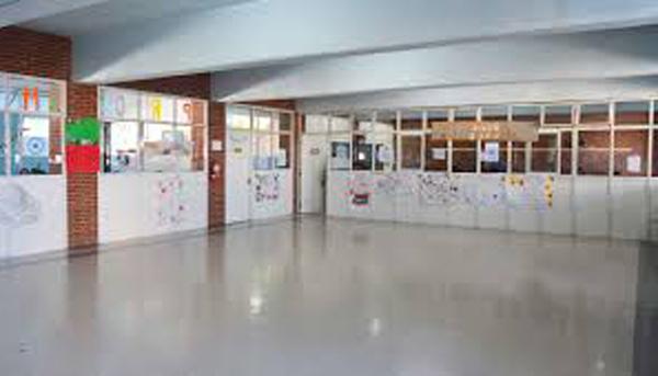 Colegio Mariano Moreno (Wilde) 7