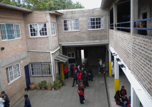 Colegio Luis Federico Leloir 1
