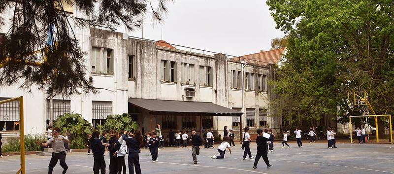 Colegio Esclavas del Sagrado Corazón de Jesús (Ituzaingó) 2