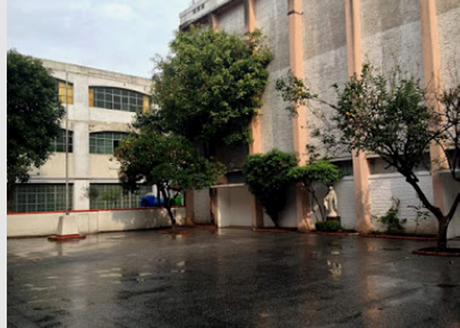 Instituto Nuestra Señora de la Misericordia (en Devoto) 6