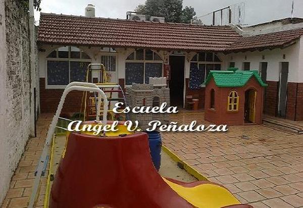 Escuela Angel Vicente Peñaloza 3