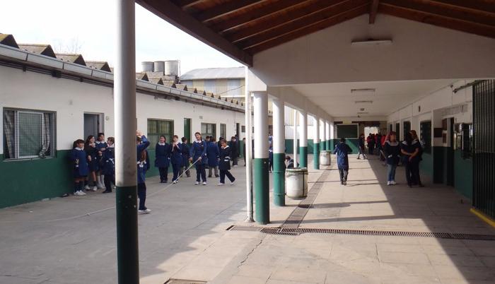 Instituto González Catán 3