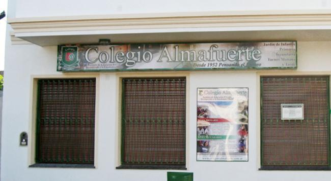 Colegio Almafuerte 53