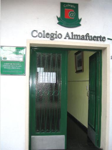 Listado de colegios privados en Munro 285