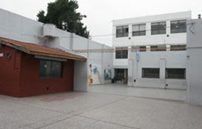 Instituto San Nicolás de Los Arroyos (ISNA) 3