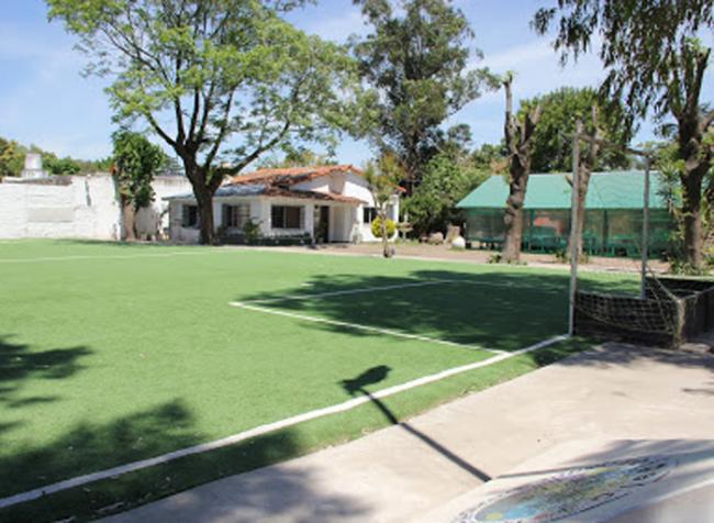 Colegio Vicente Francisco Saperi 1