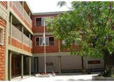 Instituto María del Rosario 3