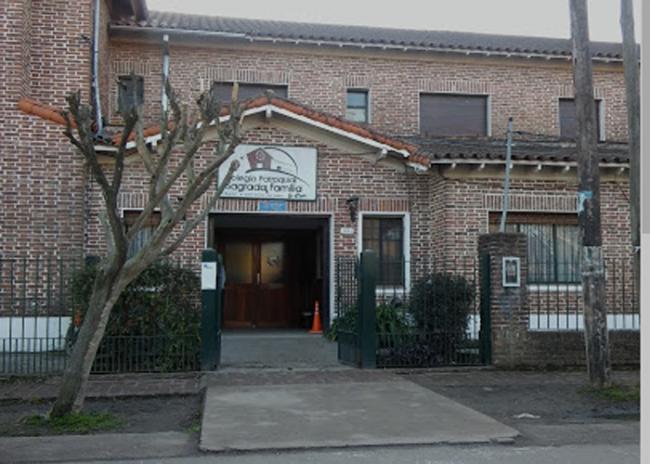 Colegio Parroquial Sagrada Familia de la Reja 12