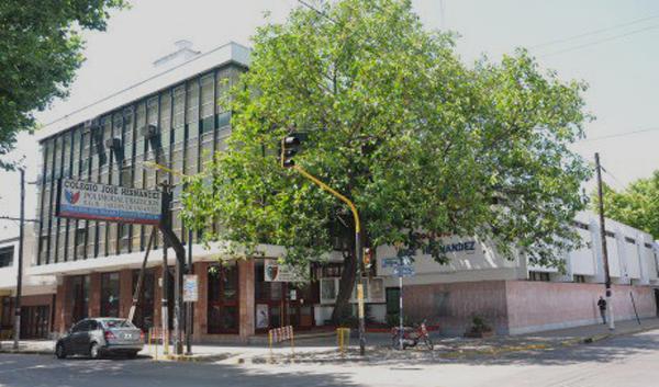 Instituto José Hernández 20