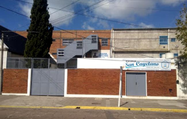 Escuela San Cayetano 21