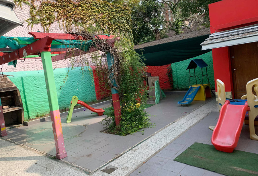 Jardin Infantil Kinder Planet 2